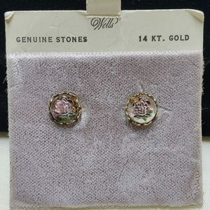 Vintage Well's 14kt Gold and Genuine Stone Earring